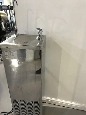 Chilled Drinking water Fountain , fully functional