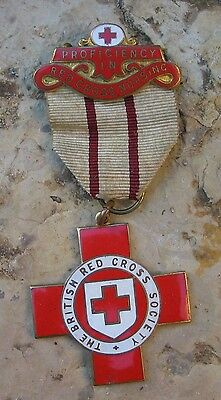 144r MEDAILLE THE BRITISH RED CROSS SOCIETY.