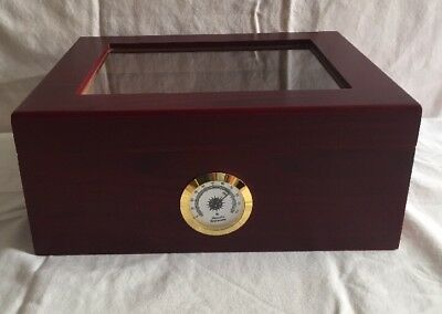 Desktop Humidor Humidifier Royale Glasstop Scratch Resistant By Mantello Cigars