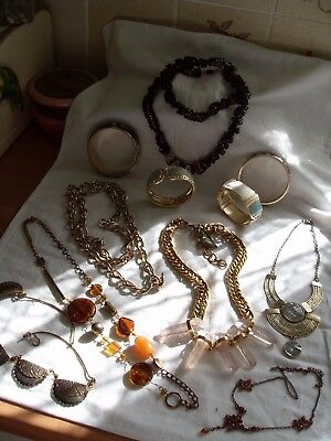 Nice Lot Of Mainly Gold Plated/gold Tone Costume Jewellery,bangles,necklaces