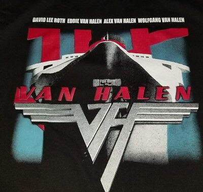 Van Halen tour T-shirt 2015  T-shirt medium for men 29x19
