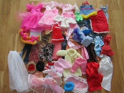Vintage/Modern Mixed Doll Clothes Bundle 40+ items Sindy/Barbie/Tressy sizes