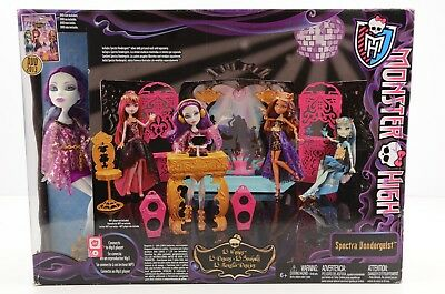 Monster High, 13 Wishes Party Lounge Room Spectra Doll Set IPOD Dock MP3 Speaker