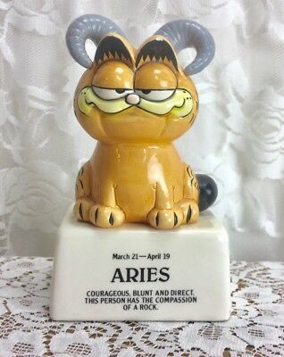 Garfield Aries Figure Horoscope Enesco 1981 Rare  Ceramic Figurine Zodiac