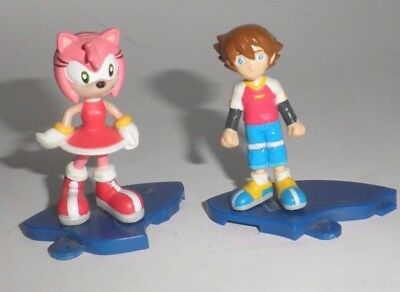 Amy & Chris Thorndyke  Collectible figurine - Sonic X - the hedgehog - Sega toy