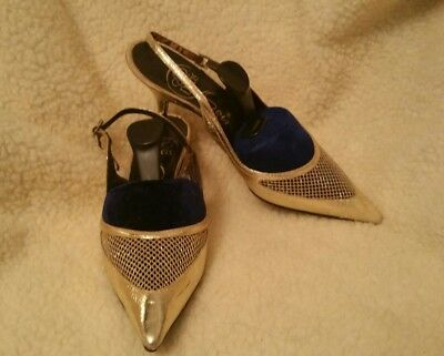 Vintage women's shoes 1960s Dolcis gold leather Size 7 barely worn
