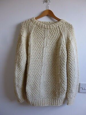 Unbranded vintage HAND KNITTED wool/blend? aran/cable chunky knit  jumper size M