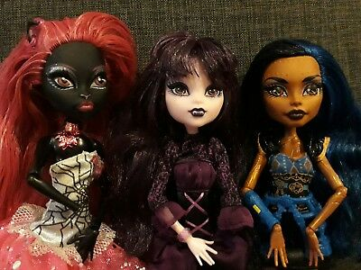 MONSTER HIGH - Rebecca steam, catty Noir & elissa bat