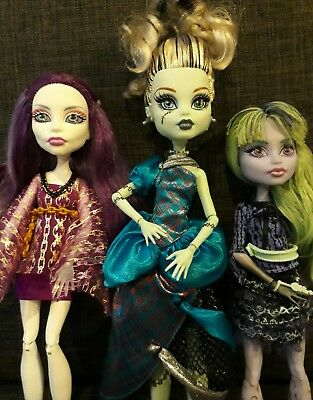 MONSTER HIGH - Spectra Twyla Frankie