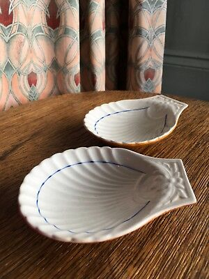 BOOTHS Scalloped Oyster Shell small Dish X 2/1900-20?/Foodie/Impress'd mark/11cm