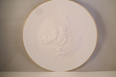 Vintage Avon Collector Plate A Child's Christmas 1985