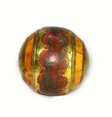 Vintage Highly Decorative Beautiful Wooden Ball With Brass Fittings. G43-144