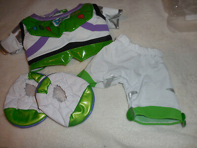 Build A Bea Buzz Lightyear with shoes