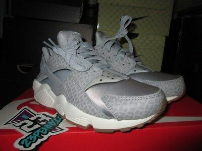 74d580ad96ce NIKE AIR HUARACHE Run Premium Womens 683818-012 Grey Gum Running ...