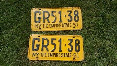 Vintage Set Of 2 License Plates Matching 1951 Ny Empire State
