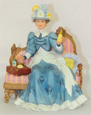 AVON 1992-1993 Presidents Club Mrs. Albee Award Full Size Figurine