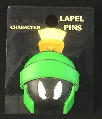 1996 New On Card Marvin The Martian Warner Bros Pvc Rubber Tie Lapel Pin