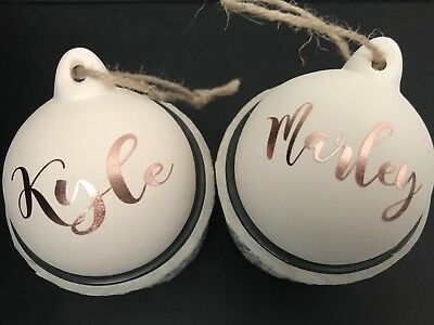1x PERSONALISED  NAME ROSE GOLD VINYL DECAL STICKER CHRISTMAS BAUBLE DECORATION
