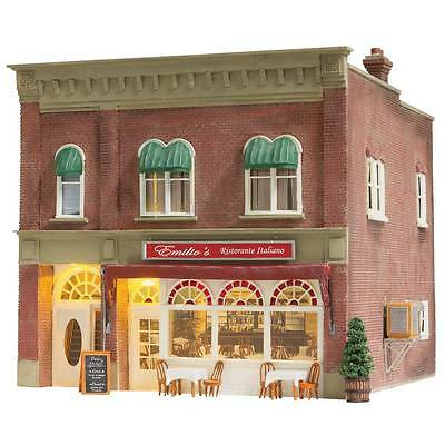 "Model Trains N SCALE -Ready Built ""Emilio's Italian Restaurant"" - Lighted BR4945"
