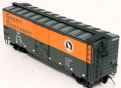InterMountain 40 Ft Boxcar - Great Northern - O Scale, 2-rail