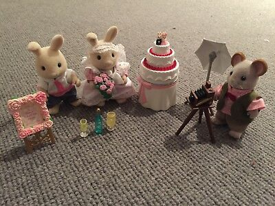 Sylvanian Families Bride & Groom with Cake & Wedding Photographer Mouse  Bundle