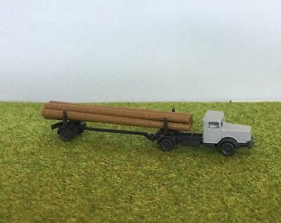 N Scale Old Timer Logging Truck (Wiking)
