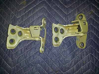 Ford Ba Bf Falcon Door Hinge Pair Right Front Upper Lower Set