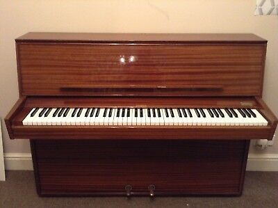 Lindner Upright Piano