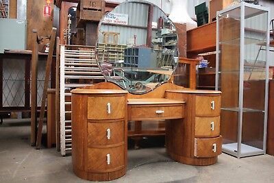 Lovely Antique Art Deco Silky Oak Dressing Table Buffet Chest Of Drawers Mirror