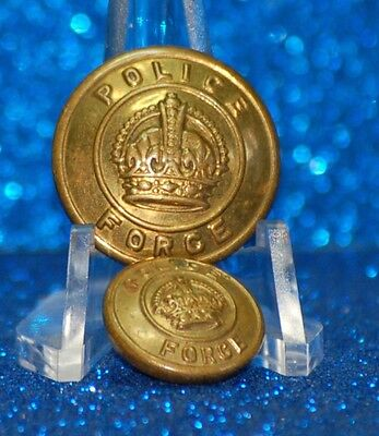 CANADA - CANADA POLICE FORCE UNIFORM BUTTONS (X2) - brass coloured