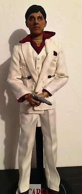 Scarface Tony Montana 1/6 Figur von Sideshow Collectibles