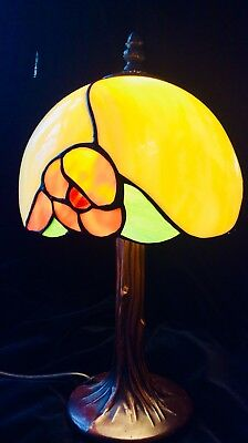 Tiffany Vintage Repro. Lamp In Excellent Condition
