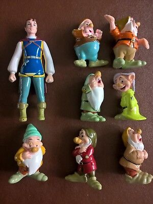 Disney Snow white and the seven dwarves toy play characters