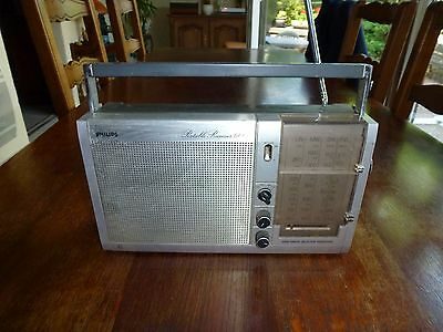 Ancien Poste Transistor Philips Portable Receiver 600