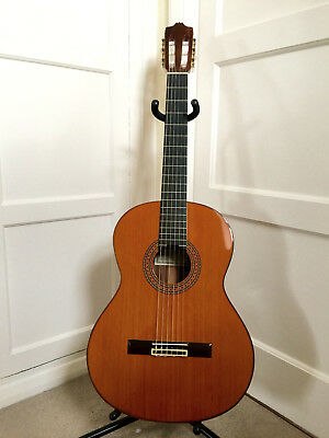 Beautiful 1998 Alhambra 7C Classical Guitar With Brand new case