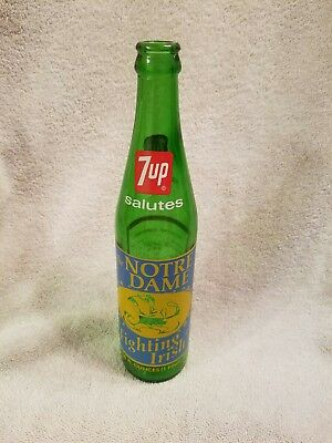 """7up Commemorative Bottle 1973 """"The Fighting Irish""""  Notre Dame Uncirculated"""