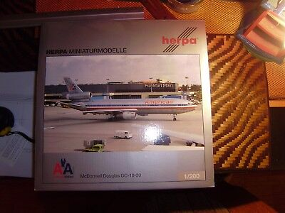 Herpa Wings Yesterday 554770 American Airlines McDonell Douglas DC-10-30