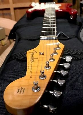 Wow 😈FENDER STRATOCASTER 😈Amazing 😈#T008505 😈Collector 😈Brillant Flame 1990