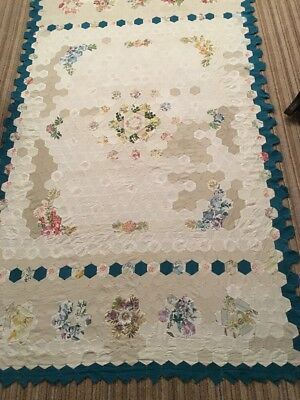 Pretty Hexagon Patchwork Quilt Top In Lovely Condition