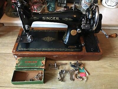 Singer 66k Vintage Sewing Machine, Case And Spares, Beautiful!