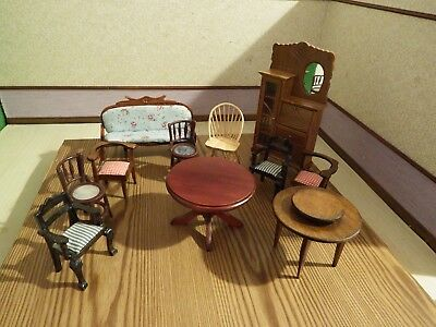 11 dolls house assortment job lot of furniture items  1.12th scale
