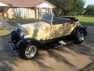 1929 Ford Model A ROADSTER 1929 FORD MODEL A ROADSTER ( SHAY REPRODUCTION )