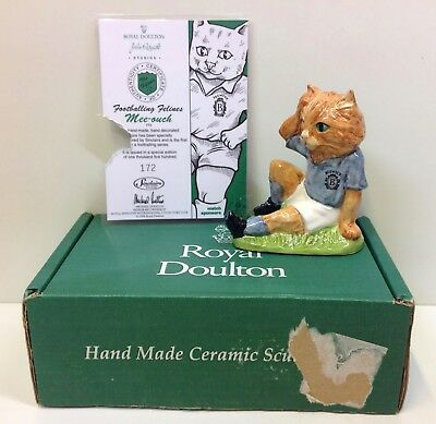 """Beswick Royal Doulton Footballing Felines """"Mee-ouch"""" Limited Edition Figurine."""