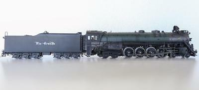 0 Scale locomotives
