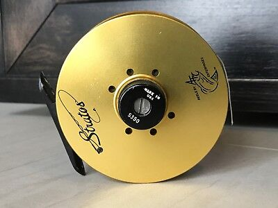 Gold Stratos Fly Fishing Reel. For Parts.