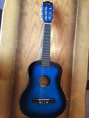 Music Alley Classical Guitar 1/4 size in Blue with soft case