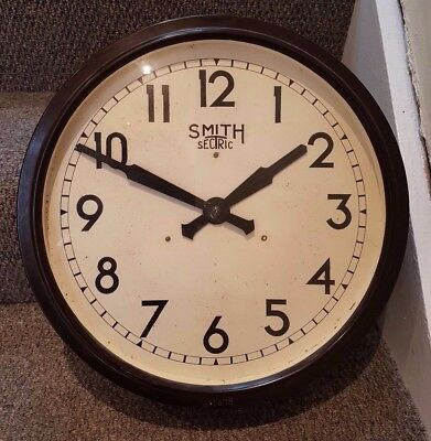 English Clock Systems / Smiths slave clock, 1940s, 12 inch dial