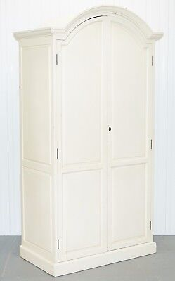 Lovely Solid Wood Vintage French Country Style Wardrobe With Adjustable Shelves