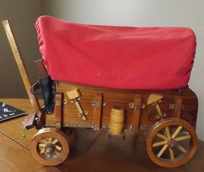 "Vintage Covered Wagon TV Lamp. Great Condition. Works Great. 12"" Long 10"" Tall"