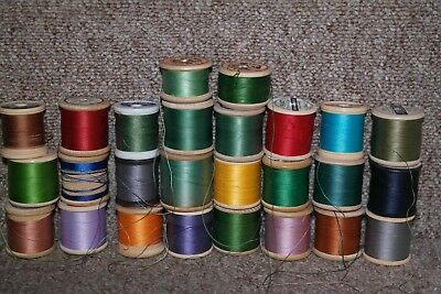 cotton reels x 26 vintage wood and plastic great colours